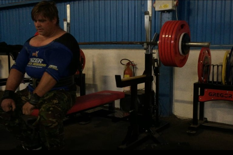Bench press lavice